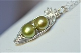 Peas in a Pod Necklace Green
