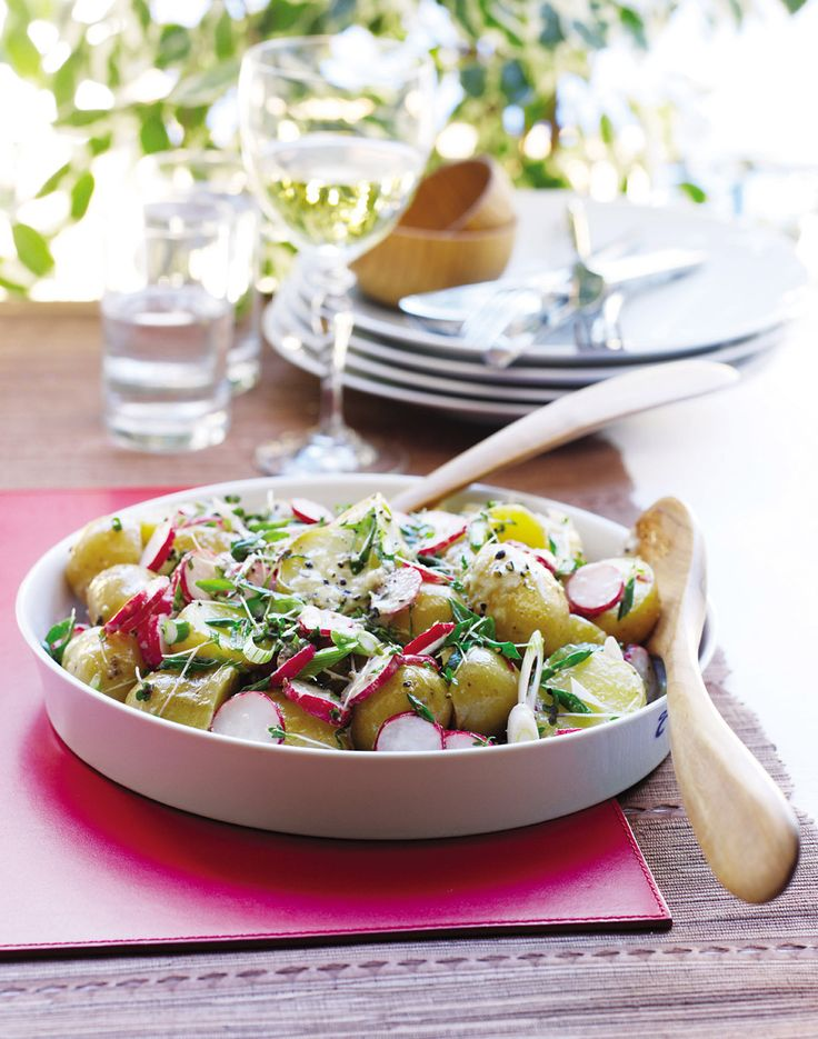 A simple potato and radish salad recipe that is easy, refreshing - and perfect for a buffet or entertaining.