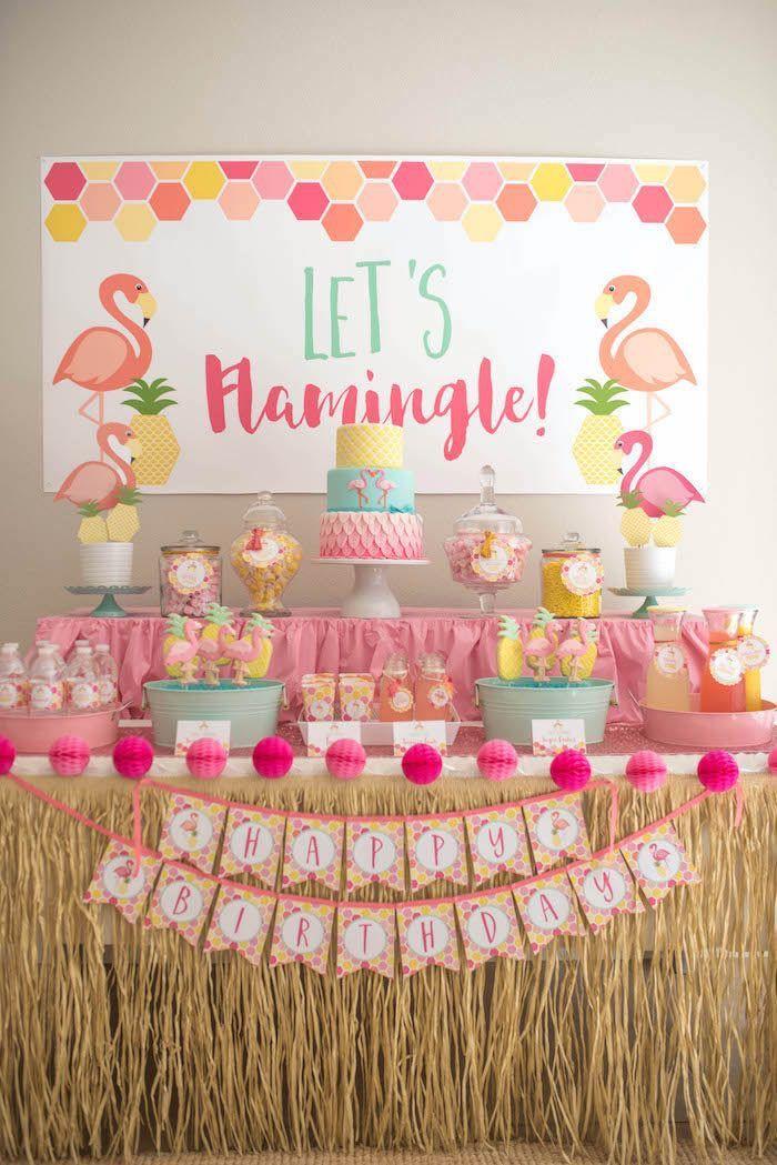 Tendência festa infantil para o ano 2017: tema bem tropical, Flamingo!