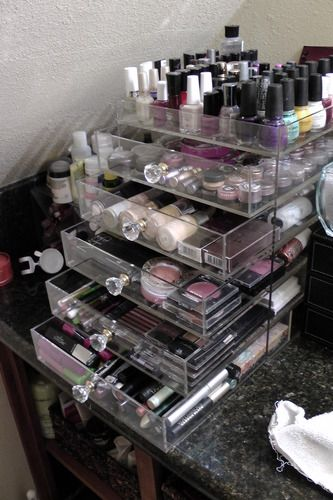 Acrylic Makeup Organizers - So Kardashian. Love it!