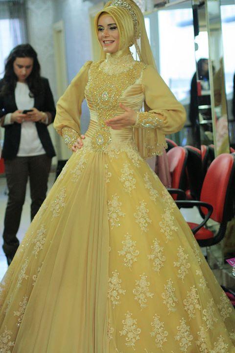 #Hijab   lovely   #hijab_fashion   Visit us on FaceBook https://www.facebook.com/pages/Muslim-Elegance/156165227729714