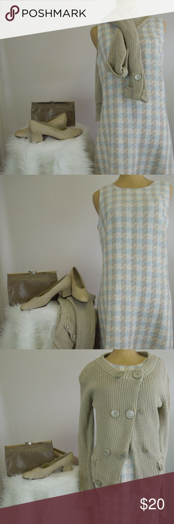 COUNTY SEAT Vtg Tweed Short Dress S/M Darling vintage tweed/plaid dress! Soft shades of baby blue,light caramel brown,and white. Back zip. 32.5 Length 17 Underarm (straight across) 16 Waist 19 Hip Pre-owned. County Seat Dresses Mini