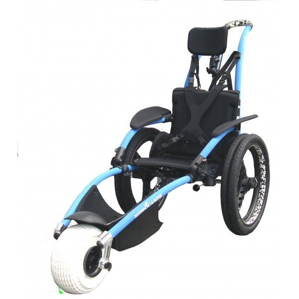 HIPPOCAMPE Multi-activities Το αναπηρικό αμαξίδιο Hippocampe είναι παντός εδάφους - μπορεί να κινηθεί τόσο στην παραλία, στο δάσος, στο μονοπάτι ή ακόμη και στο βουνό. Ελαφρύ,μόλις 17 κιλά, μπορεί εύκολα να αποσυναρμολογηθεί για να μεταφερθεί στο σάκο μεταφοράς του και να μπει σε αυτοκίνητο ή ακόμη και σε αεροπλάνο για να ταξιδέψει!