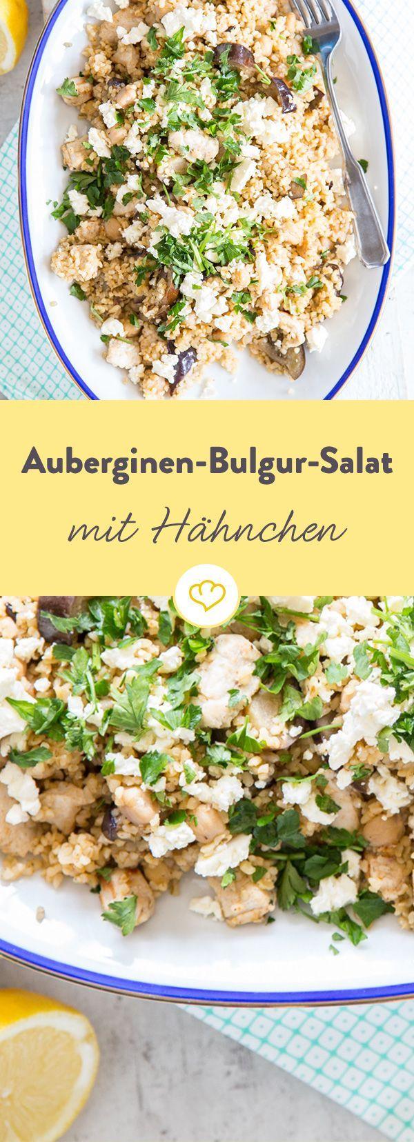 Bulgur, Aubergine, Feta, Kichererbsen und würziges Hähnchen werden mit Kreuzkümmel und rauch Paprika gewürzt, zum orientalischen Salat-Genuss.