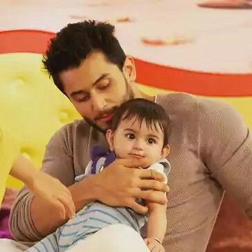 Awwwwwww dono kitne cute lagti hai ek saath too much cutieeeeeee