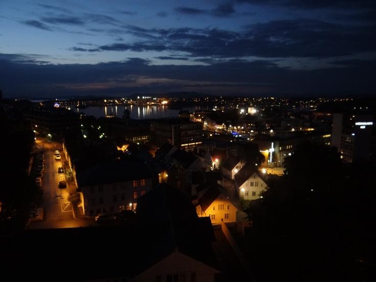 Charming Stavanger by night! #Stavanger #regionstavanger #visitnorway  Let's go! #regionstavanger!