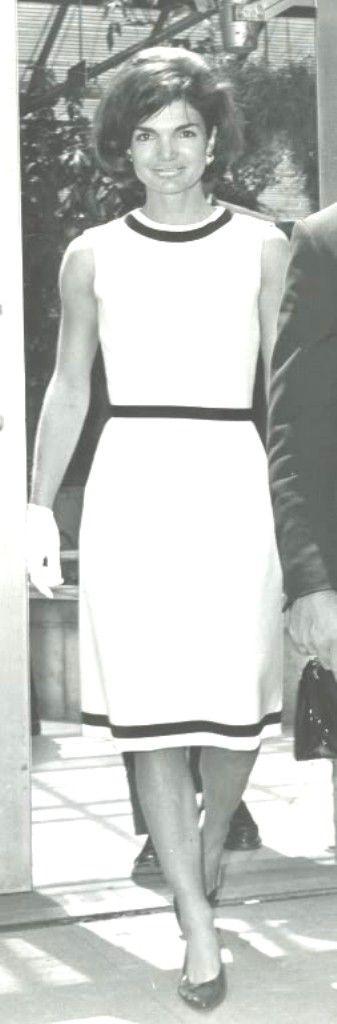 #Jackie_Photos   http://en.wikipedia.org/wiki/Jacqueline_Kennedy_Onassis   Pls God ....RIP .....Take Care ............❤❀.❤