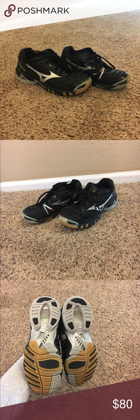 Mizuno wave volleyball shoes These are professional volleyball shoes in perfect condition!! I wore these for one game and they look untouched! They're super comfy and pretty light! Mizuno Shoes Athletic Shoes