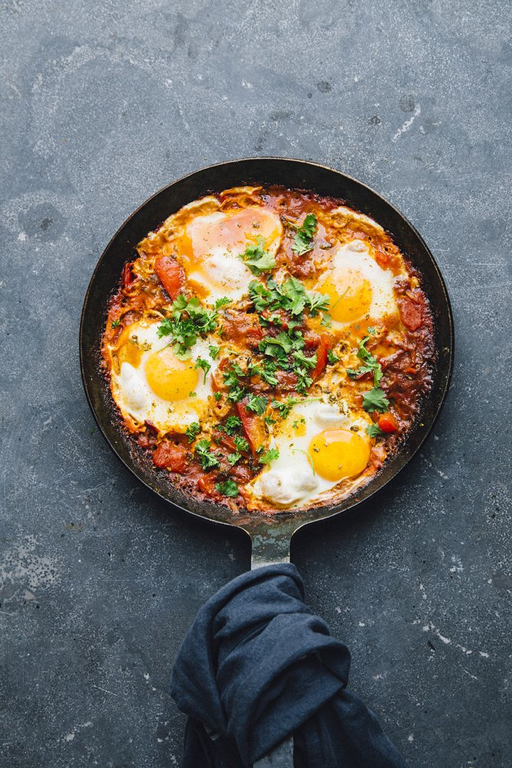 12 Easy One-Pot Recipes Perfect For College Students - shakshuka for two