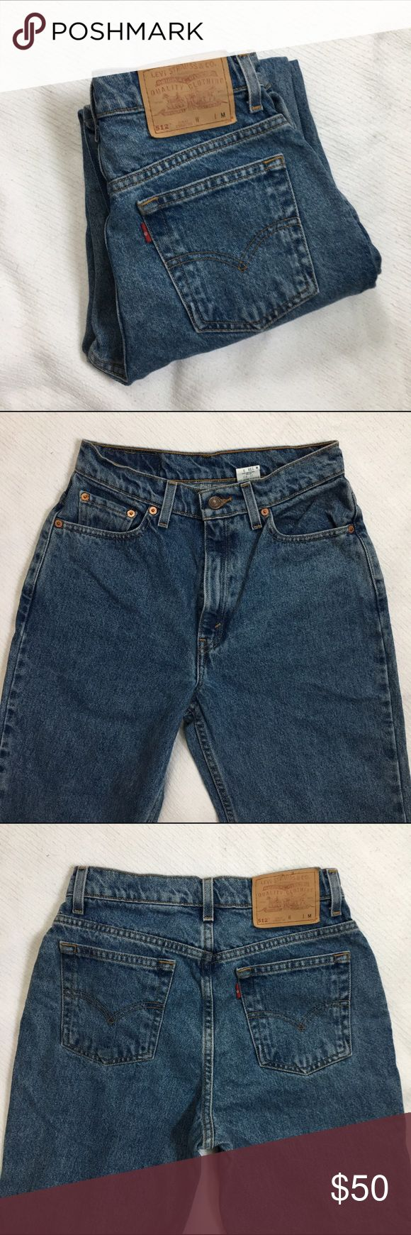 "Vintage Levi's 512 Mom Jeans Vintage Levi's 512 jeans in a really cool wash I've never seen before! The 512 is a slim fit, straight leg jean. Size 6 Reg M. Approximate measurements (taken laid flat): 26"" waist, 38"" hips, 11"" front rise, 30"" inseam. #levis #levi #512 #512s #jeans #vintage Levi's Jeans Skinny"