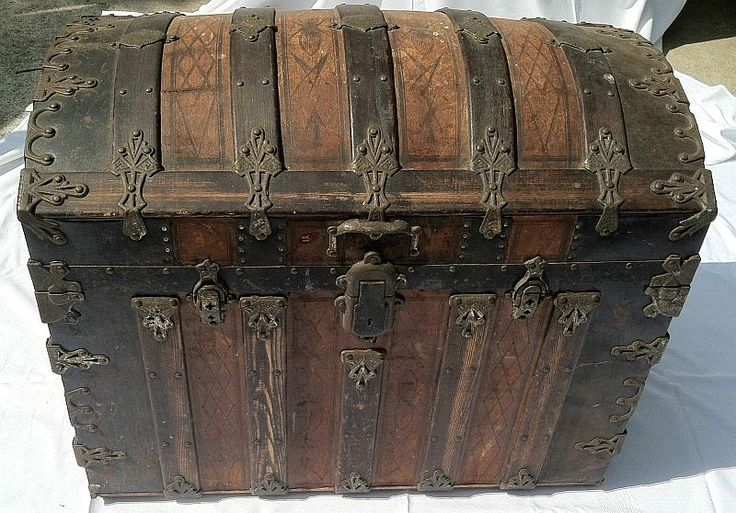336 Restored Vintage Antique Trunks Dome Top Trunk Top Quality
