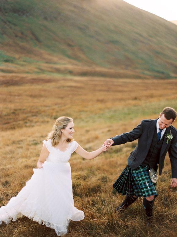 Rustic Autumnal Scottish Elopement | Wedding Sparrow