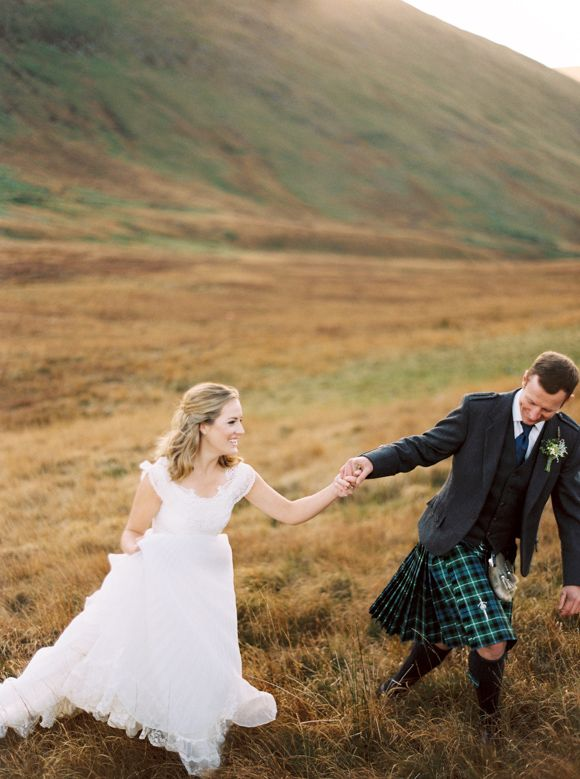 Rustic Autumnal Scottish Elopement | Wedding Sparrow