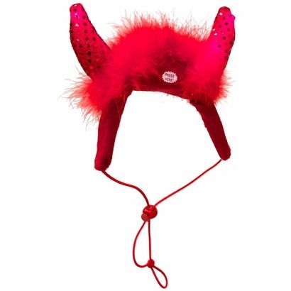 Kyjen LED Devil Horns provide an easy way to keep your #dog visible and festive when trick-or-treating this Halloween. The horns are a bright red color that is accentuated by the LED lights that blink to illuminate the protruding horns which can be controlled with the simple push of a button.
