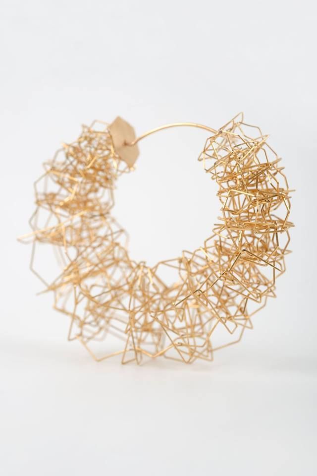 Hermien Cassiers  - (BE) hermiencassiers.com - gold -  Earrings, 2013 5,5 x 5,5 x 2,5 cm Photo: © Nice Job: