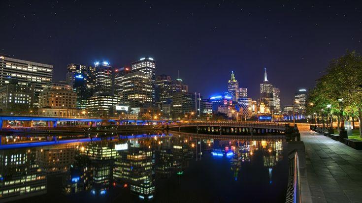 1366x768 Wallpaper melbourne, australia, night, bridge, reflection, river