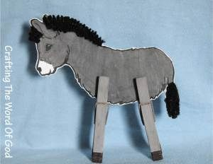 """This donkey craft helps the kiddos remember the Easter story of Jesus triumphantly entering into Jerusalem, with crowds waiving palm branches and crying out """"Hosanna"""". Instructions Print out and ..."""