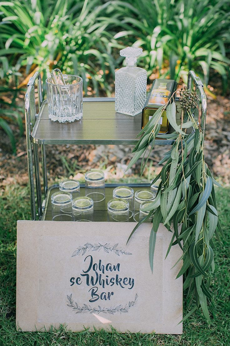 Such a cool idea for a casual, laid-back wedding. Including a Whiskey Bar for the gentlemen (and ladies) adds a fun activity for guests. For more of this boho garden wedding go to http://michelledt.com/hestre-johan/
