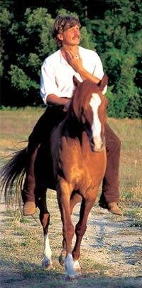 Klaus Hempfling, another great inspiration. Focuses a lot on a horse's natural instincts.