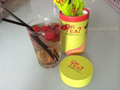 "Koude vruchtenthee op basis van ""Mount Feather"" groene thee. Recepten op www.or-tea.be!"