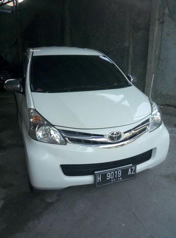 Sewa Mobil Semarang - DOcar