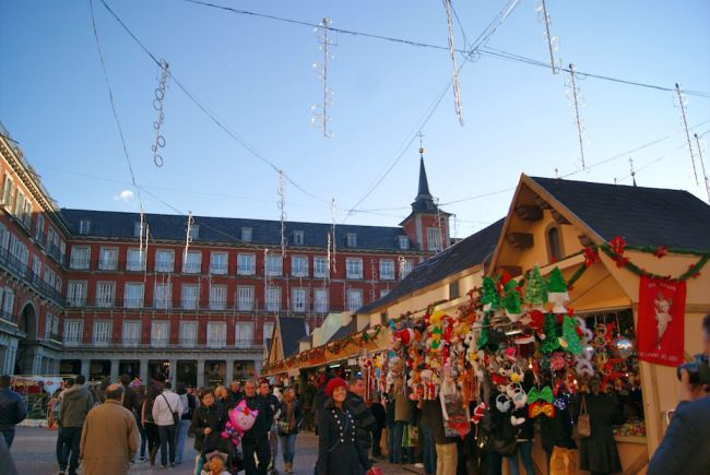 Christmas market in Plaza Mayor, #Madrid