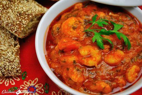 Me voila de retour… et avec une nouvelle recette à base de crevettes. C'est une recette qu'on fait souvent au Maroc, mais que l'on retrouve aussi dans la cuisine espagnole: les Crevettes Pil Pil. Par contre, ne me demandez pas le pourquoi du comment de ce nom, je n'en ai pas la moindre idée.. Read More