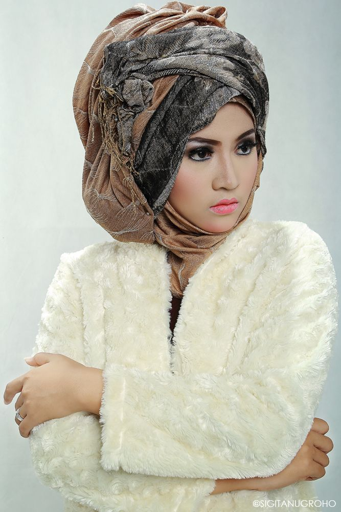 Hijablovers│Talent by Astri│MUA by Aryomakeup│2014