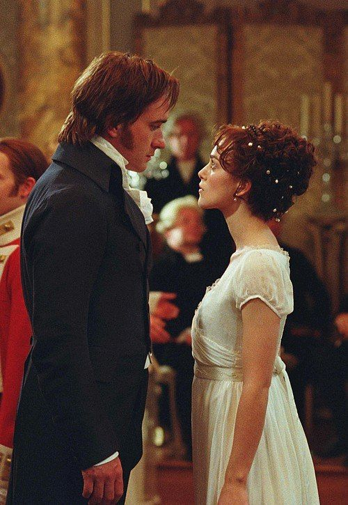 Matthew Macfadyen as Mr. Darcy and Keira Knightley as Elizabeth Bennet in Pride and Prejudice (2005).