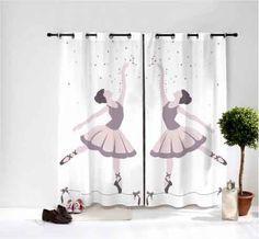 Voici une très belle paire de rideaux avec en visuel les accessoires de danse pour la déco de la chambre de votre fille. Réalisé dans un tissu avec un excellent tombé, ce rideau avec des finitions à œillets décorera à merveille l'univers de sa chambre.(Largeur 290 cm, soit 2 panneaux de 145 cm) 2 formats possible des doubles rideaux
