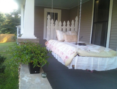 Porch SwingBed, this could be a neat sunroom idea :): Porch Bed, Ideas, Sleeping Porch, Hanging Porch, Hanging Beds, Sluts