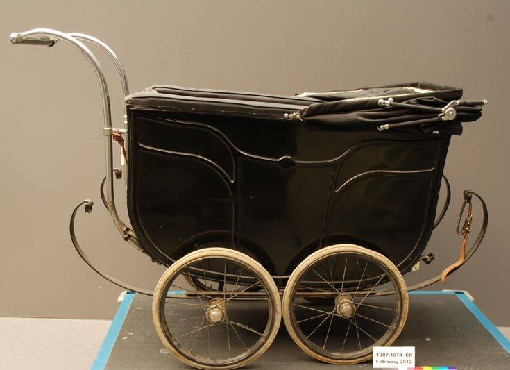 Luxury 1920 S 1930 S Baby Carriage Before Treatment