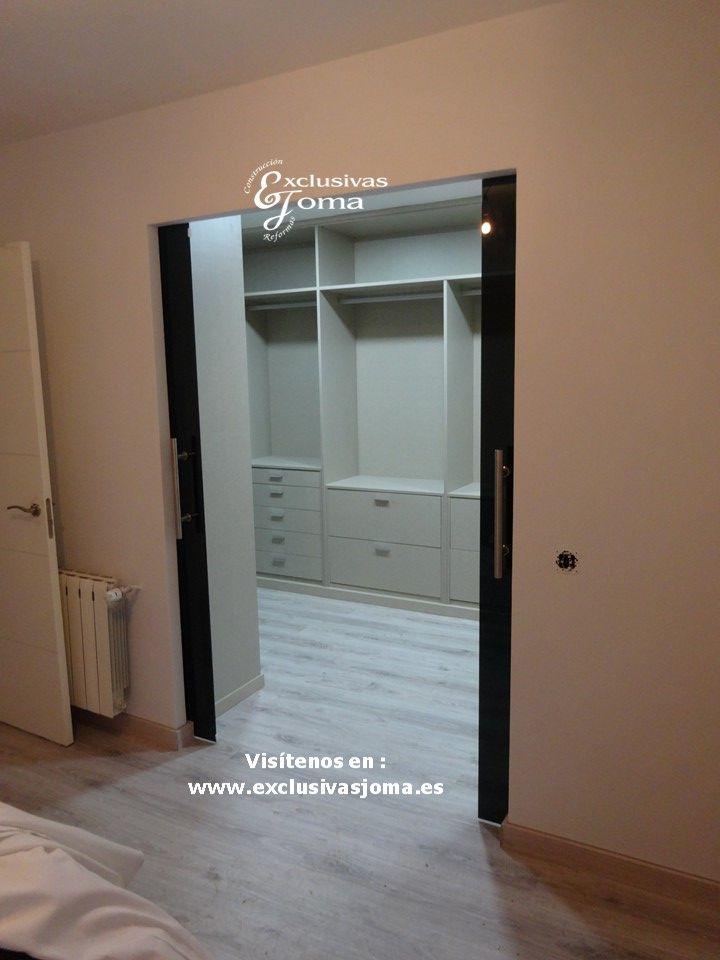 41 best armarios a medida images on pinterest custom for Habitaciones con puertas correderas