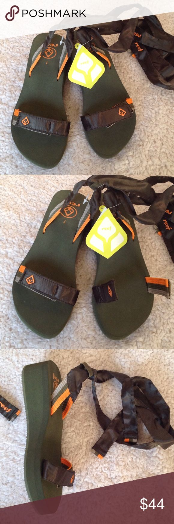New REEF wrap up sandals green 7.5 wedge heels New with tags REEF wedge heel sandals color olive green the tags says size US 7 EUR 37/38 I wear 7.5 and they fit perfect the toe straps are adjustable the heel is 1 3/4 inches high... ask any questions offers are never ignored Reef Shoes Sandals