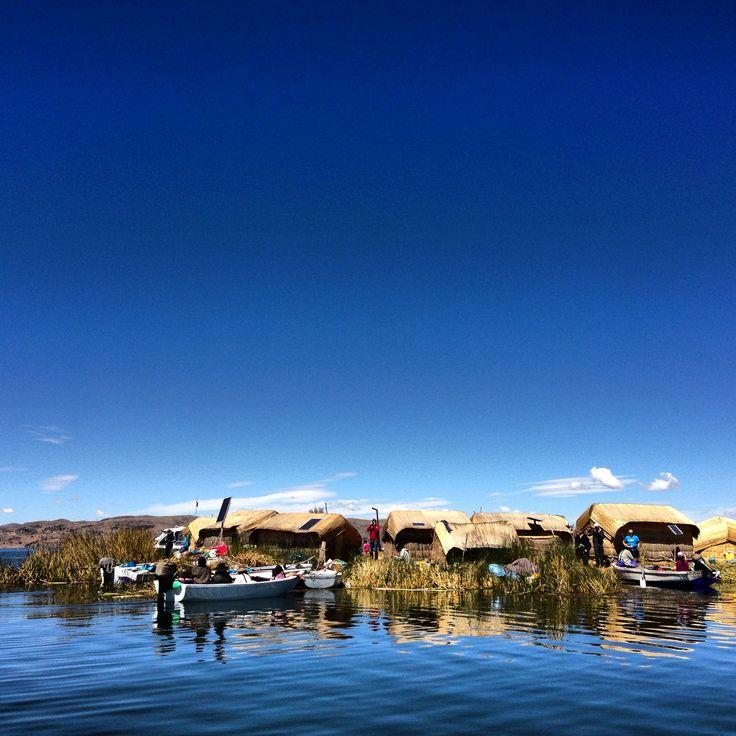 Uros islands - lake Titicaca