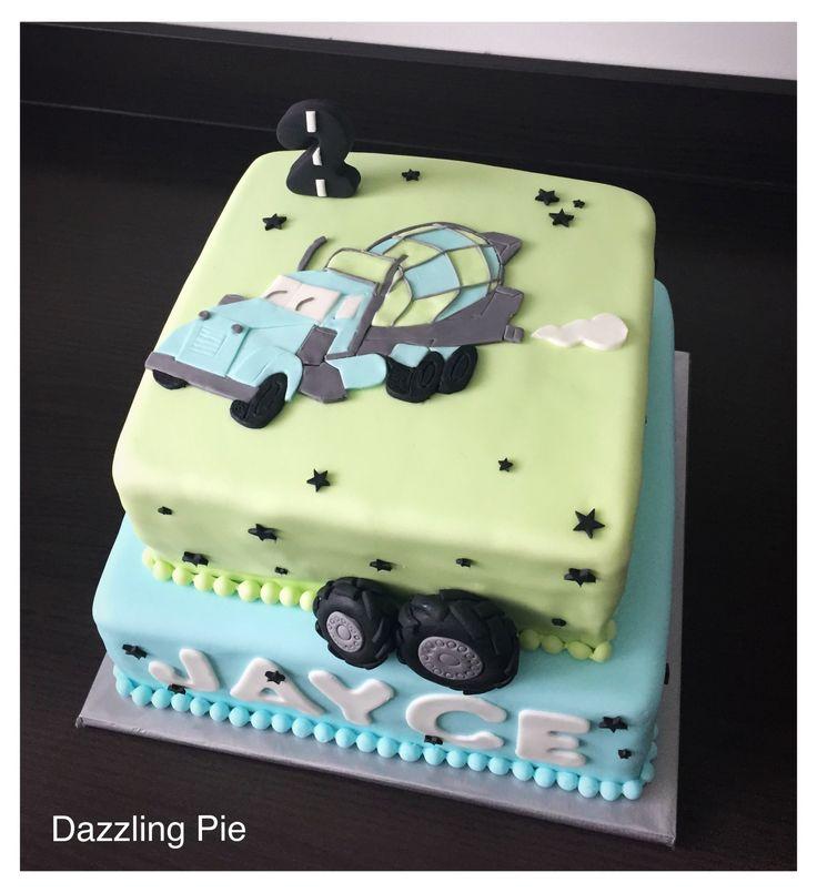 Vrachtwagentaart/ truck cake made by Dazzling Pie