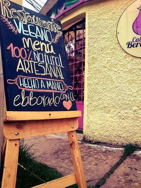 El Caballete!!! Caballete & Berenjena Veg Food Restaurante Vegano Cra. 7A #121-09 Barrio Santa Barbara en Bogota - Colombia