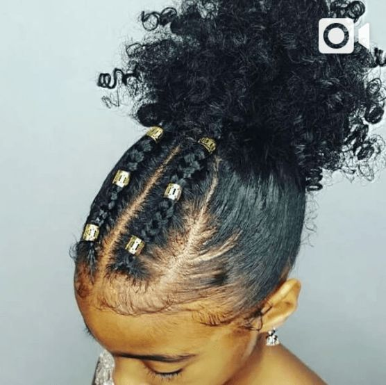 [Pics] This Mom's Instagram Account is a Visual Celebration of Her Daughters' Two Very Different Hair Textures | Black Girl with Long Hair