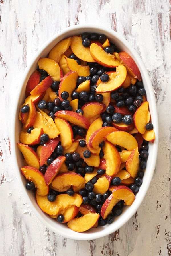 "Licking the Plate: Blueberry Peach Crisp – My Newest Anthology Story, and ""Feedi…"