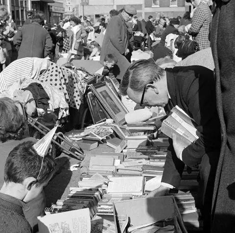 Cumberland Street Market, Dublin 1965.