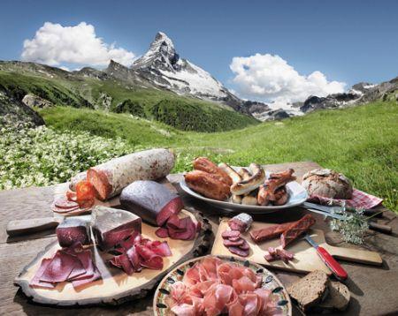 Mostbröckli vor Matterhorn - Swiss Repinned by www.gorara.com