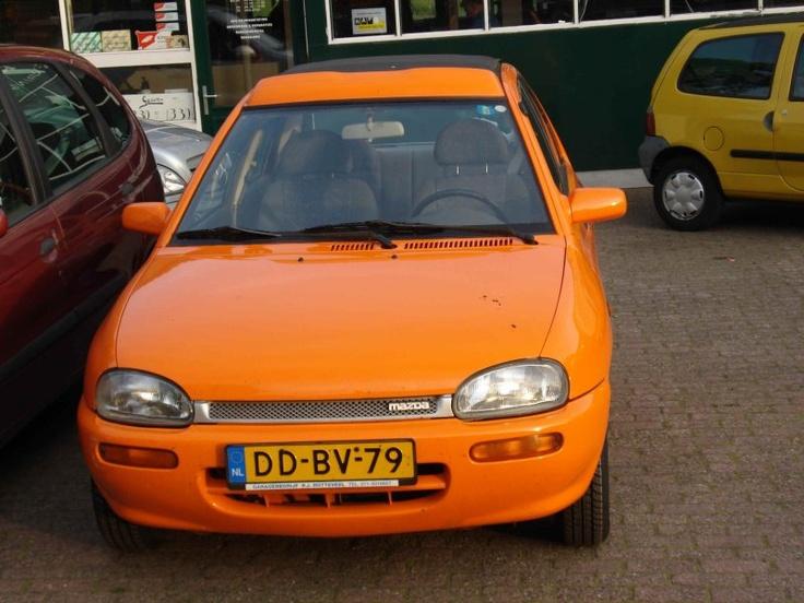 Mazda 121 WK   garagerotteveel.nl
