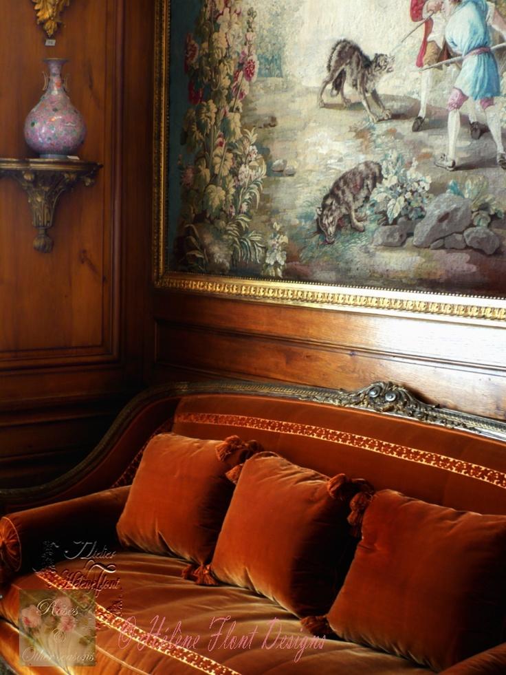 Hôtel Particulier Nissim De Camondo   Photo © Atelier Flont   Love The  Cinnamon Velvet Sofa!