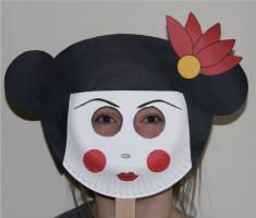 Paper Plate Geisha Mask