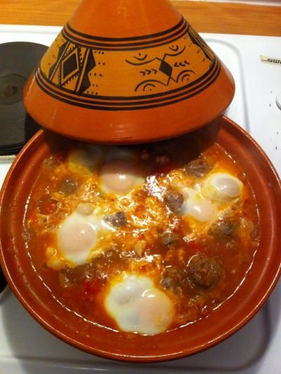 Moroccan cuisine: a recipe for meatballs Tagine with eggs