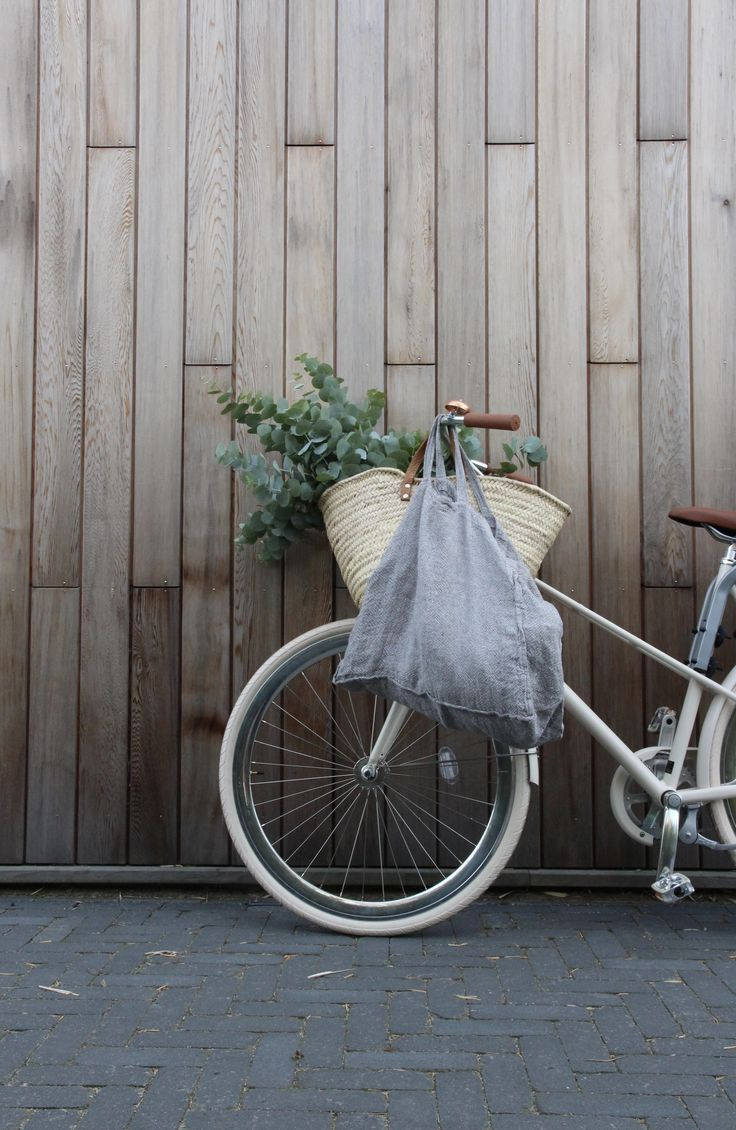 Linen tote bag and market basket   Zero waste grocery shopping and on the go kit