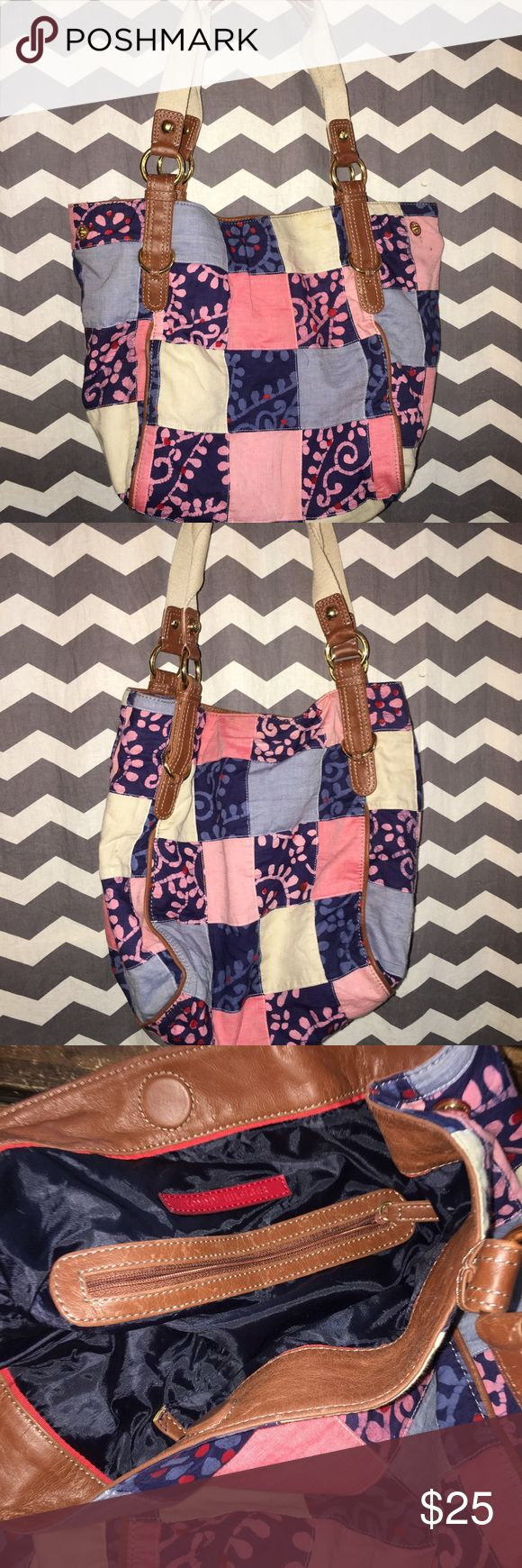 Selling this Tommy Hilfiger patchwork shoulder bag on Poshmark! My username is: seharget. #shopmycloset #poshmark #fashion #shopping #style #forsale #Tommy Hilfiger #Handbags