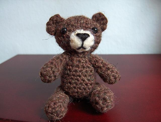 Tiny Amigurumi Bear Pattern : Tiny Amigurumi Bear Amigurumi I want to make Pinterest