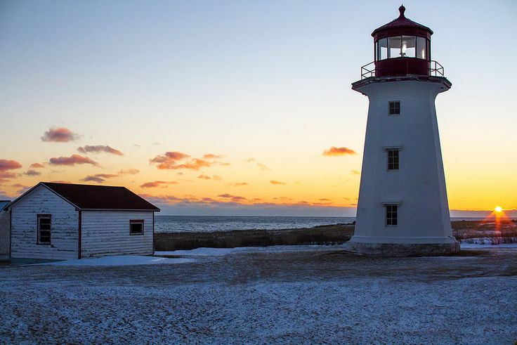 winter sunset on Cap d'espoir lighthouse - Phare en Gaspésie, Canada
