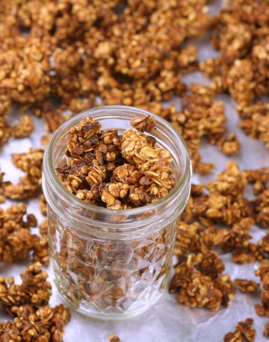 The Perfect Granola Formula {Lorna Jane!} - Foodie Fiasco